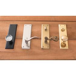 Brass Accents D07-K540 Quaker Collection Set