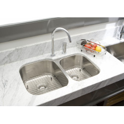 American Imaginations AI-27559/ AI-27560 32-in. W CSA Approved Chrome Kitchen Sink With Stainless Steel Finish And 18 Gauge