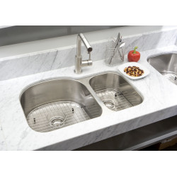 American Imaginations AI-27561/ AI-27562 31.5-in. W CSA Approved Chrome Kitchen Sink With Stainless Steel Finish And 18 Gauge