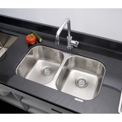 American Imaginations AI-27571/ AI-27572 29.5-in. W CSA Approved Chrome Kitchen Sink With Stainless Steel Finish And 16 Gauge
