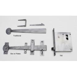 """D. C. Mitchell T6-1 Vertical Brass Passage Lock, 5 -3/4"""" x 3 -7/8"""" w/ 1 -3/4"""" Round Knob"""