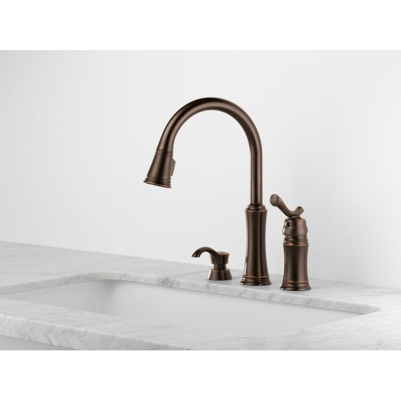 Delta 59963 Sssd Dst Pull Down Kitchen Faucet With Soap