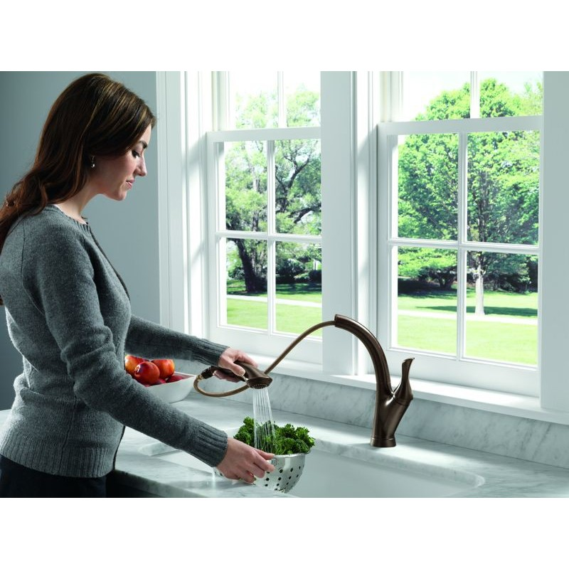 Kitchen Single Handle Faucet Water Delay